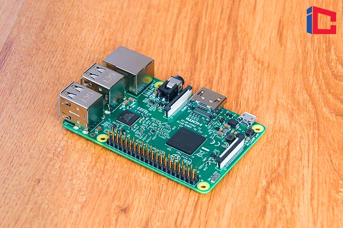 How To Choose the Right Arcade Stick for Raspberry Pi?